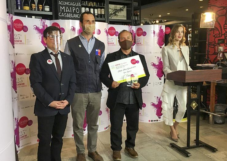 Productor de Coelemu David Ramírez ganó el premio al Mejor Vino Ancestral 2020 en Catad'Or