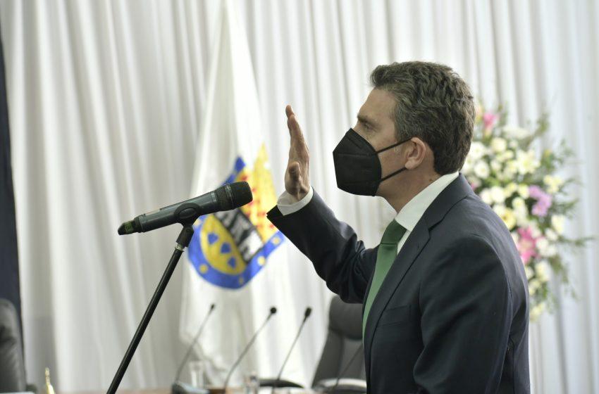 Alcalde Camilo Benavente asume junto al nuevo Concejo Municipal y establece las prioridades de la capital de Ñuble