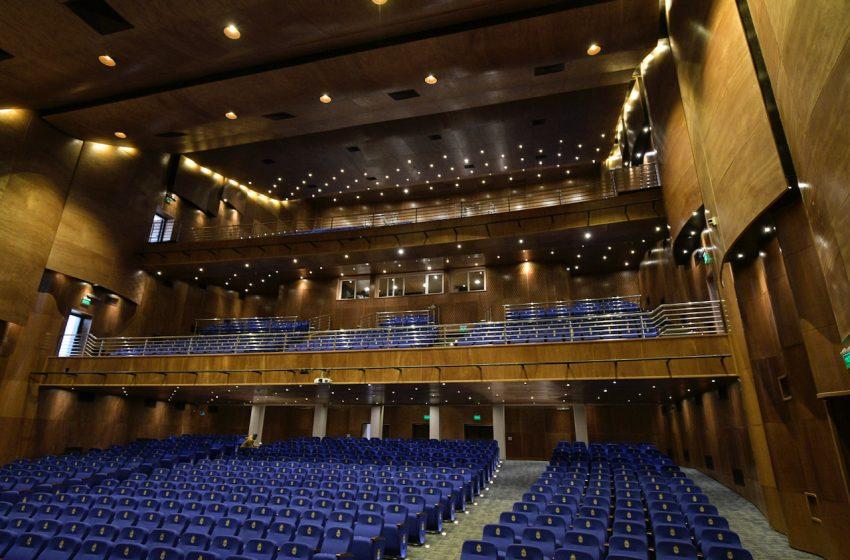 Teatro Municipal reabre sus puertas en su mes aniversario