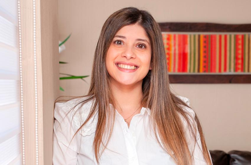 Daniela Toro: Ingeniero Comercial con Magister en Dirección de Empresas
